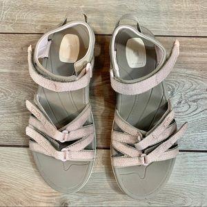TEVA | Glitter Pink Straps & Light Gray | Size 6.5